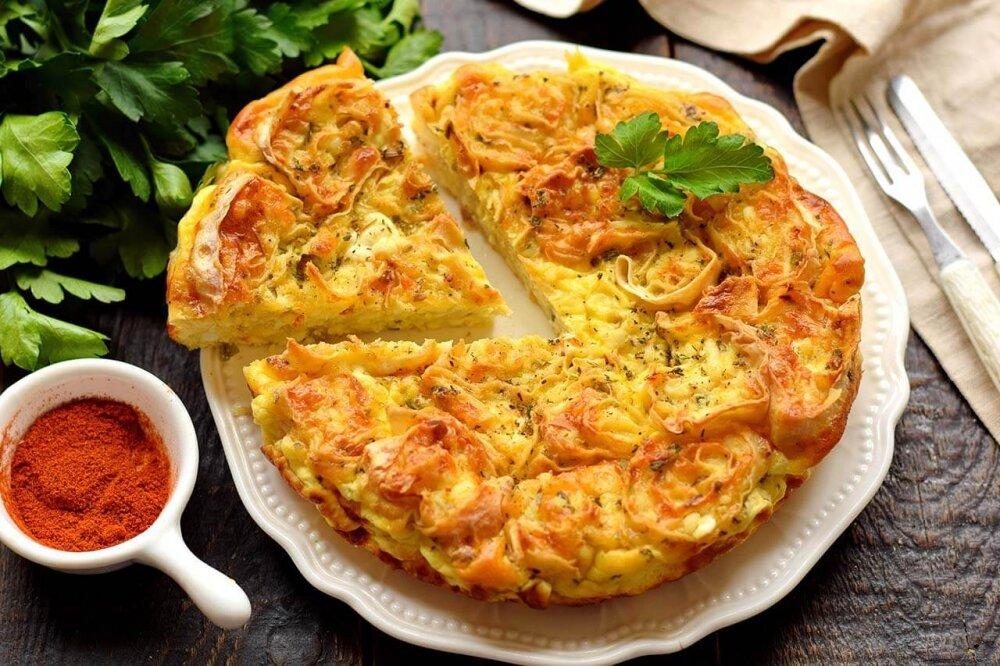 Аппетитный ужин из лаваша, сыра и лука!
